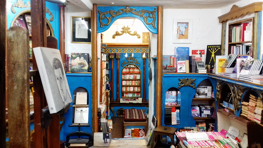 Why all book lovers should visit Hay-On-Wye | Kat is Travelling