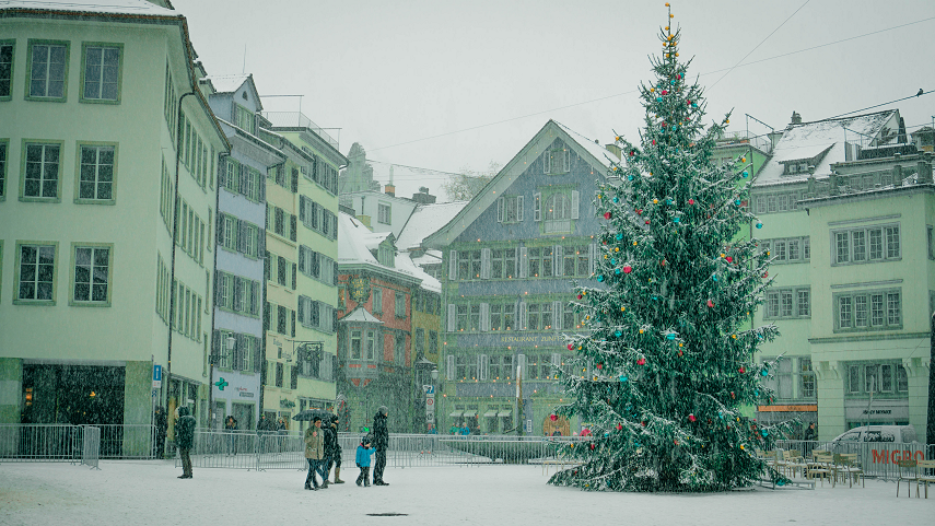 Winter weekend city break in Zurich with Christmas markets | Kat is Travelling