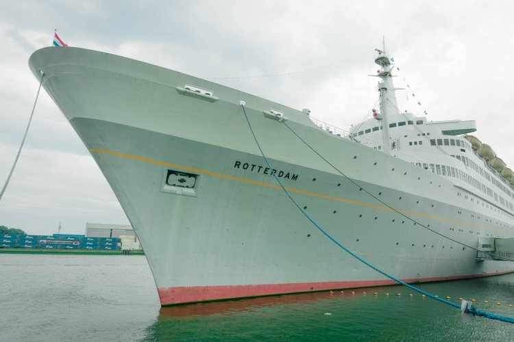 Image of cruise liner SS Rotterdam